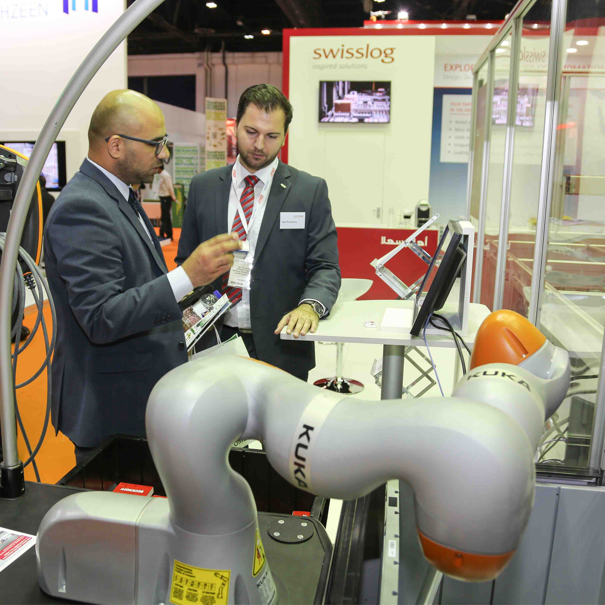Materials Handling Middle East - Leading players flock to Materials Handling Middle East 2017